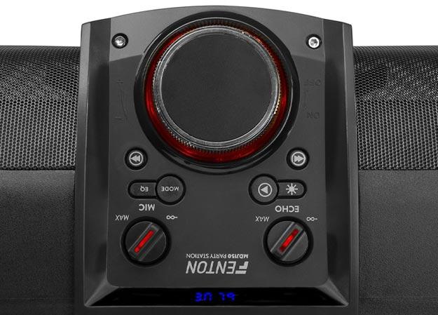 Boombox o mocy 200W z odtwarzaczem